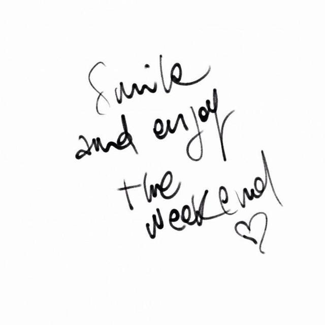 Il week-end è finito. È il caso di piangere vero? #domenica #cry #weekend #day #now #today #me #sad #instawords #words